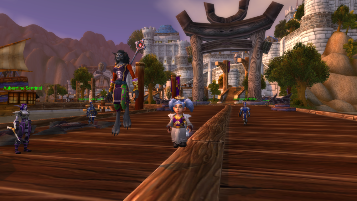 Floaty gnome priests are the best gnome priests.